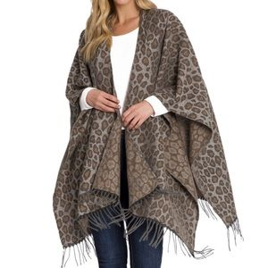 Woolrich Cozy Blanket Wrap Kaye Leopard One Size